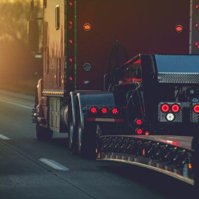 Truck Accidents Attorney San Diego CA - Gingery Hammer Schneiderman LLP
